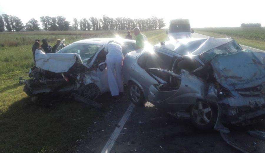 El choque fue entre un Ford Fiesta y un Chevrolet Corsa. (Foto: Gentileza.-)