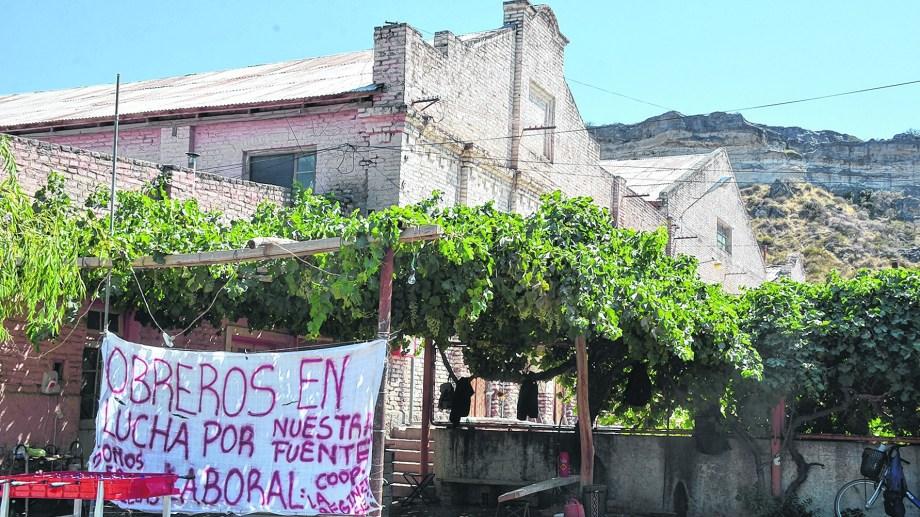 Desde hace un año los trabajadores están en conflicto por salarios. Ahora piden el alejamiento del interventor judicial. (Foto archivo)