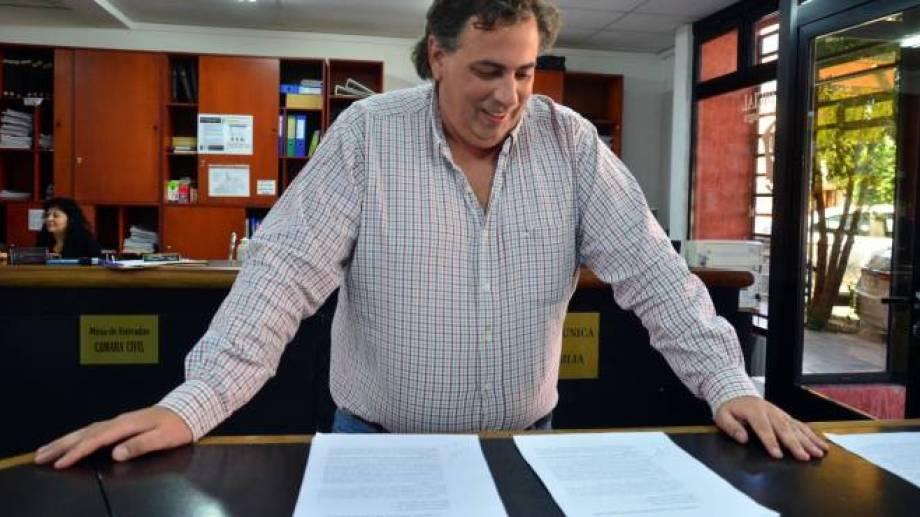 Rulli salió al cruce y defendió al legislador Berros. Foto Archivo: Marcelo Ochoa.