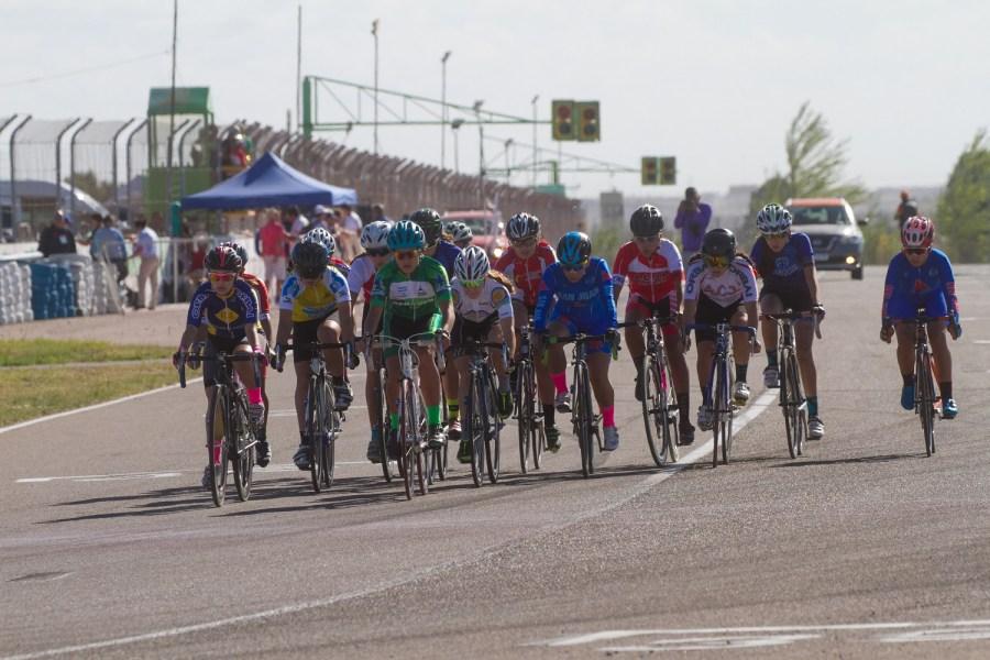 La actividad en el autódromo finalizará el domingo.  (Foto: Pablo Leguizamón)