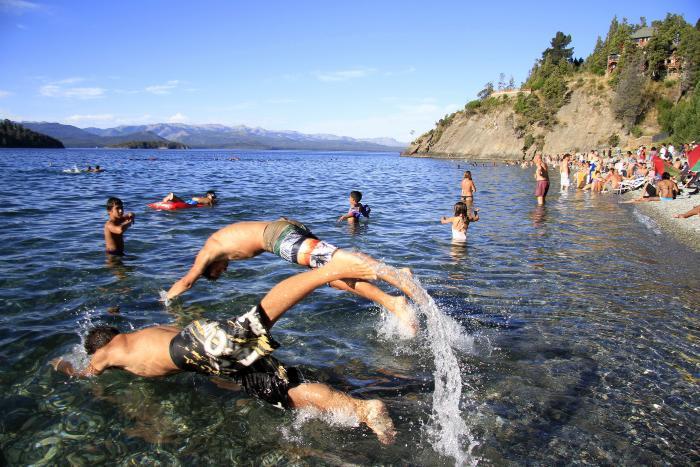 Calculan que entre 900 y 1000 personas visitaron cada playa.