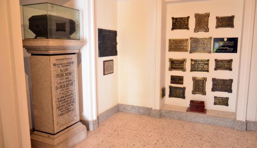 Viedma - 18-12-2018 informe del circuito historico- turistico de carmen de patagones. mausoleo de luis piedrabuena en la parroquia de nuestra señora de la merced foto marcelo ochoa