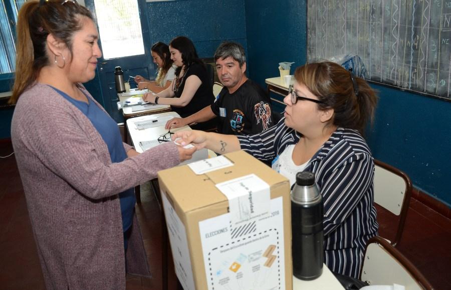 El cronograna de pago de las autoridades de mesa comienza el lunes 25 (Archivo Mauro Pérez).-