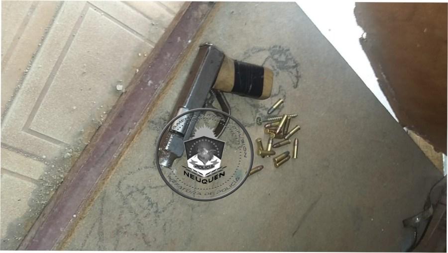 El arma de fabricación casera que fue secuestrada. Foto: Prensa Policía