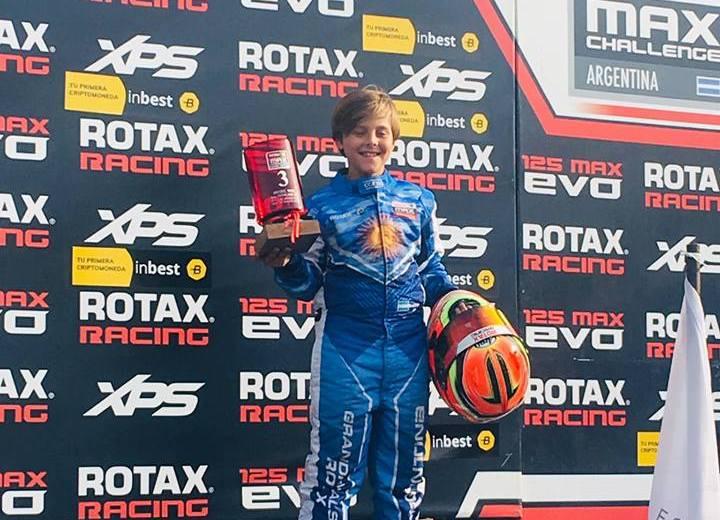 Bautista subió al podio ayer en el kartódromo de Buenos Aires.