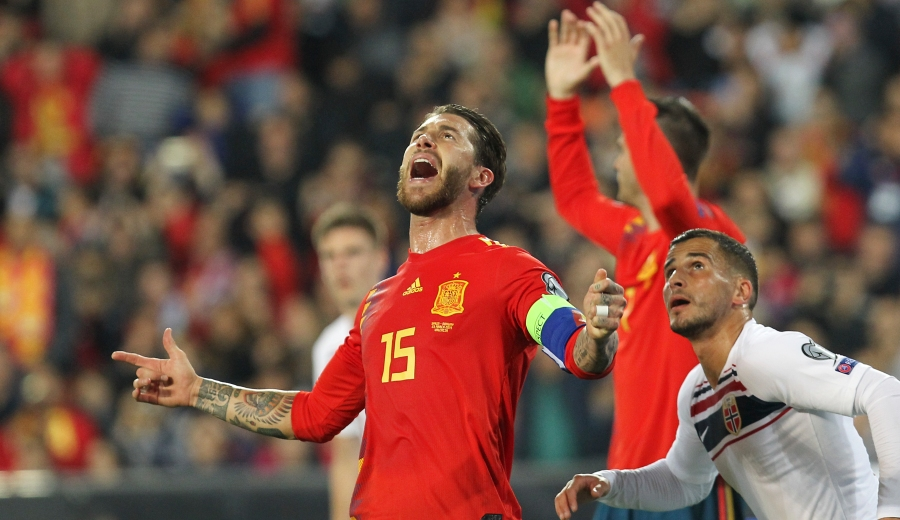 Sergio Ramos marcó de penal, el gol de la victoria para España.