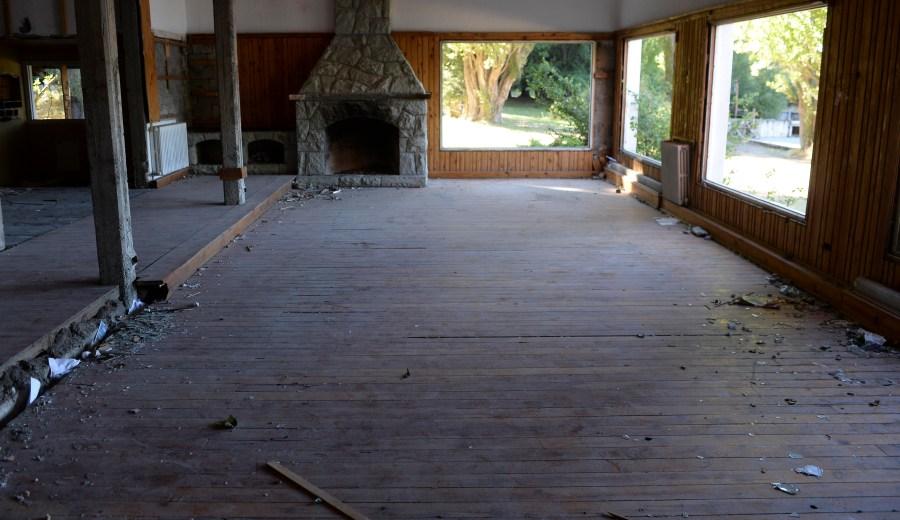El salón principal de la hostería donde antes funcionaba el restaurante y salón de té. (Foto: Alfredo Leiva)