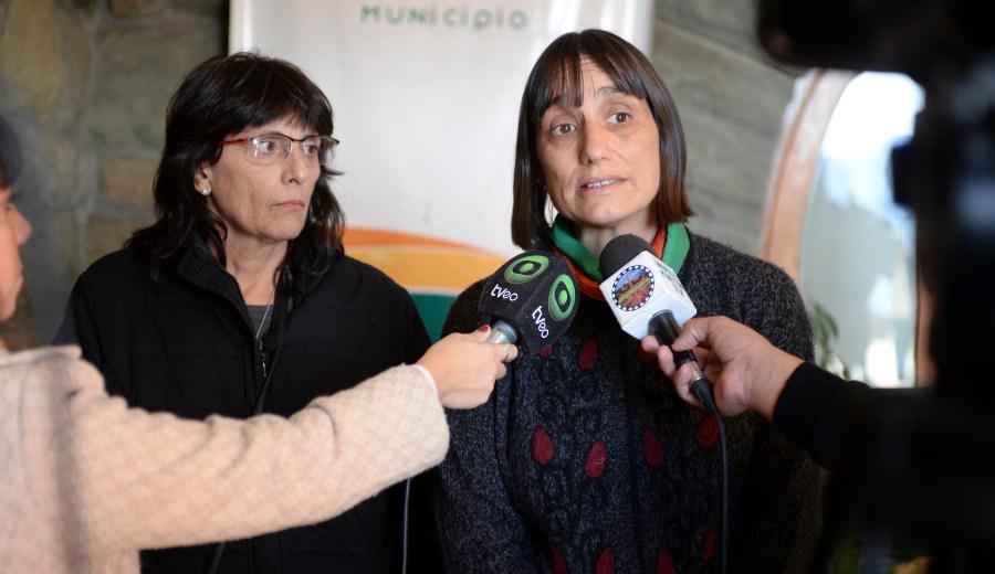 Norma Dardik, la candidata a gobernadora por el Partido de los Trabajadores, en Bariloche. Foto: Chino Leiva