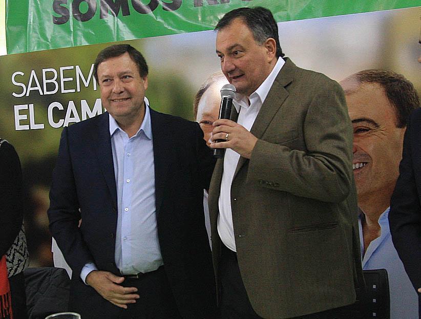 Alberto Weretilneck y Gustavo Gennuso, juntos en la campaña de 2015. (Archivo)