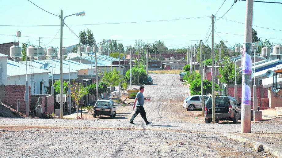 Volvieron a robar en la sede de la comisión vecinal de Cuenca XV, en Neuquén. (Foto: Yamil Regules).