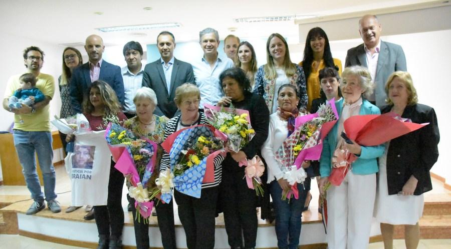 Las ocho mujeres fueron distinguidas por el Concejo Deliberante esta mañana. (Gentileza).-