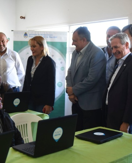 El vicejefe de Gabinete de Nación, Andrés Ibarra, estuvo en la inauguración, junto al intendente Gennuso. (Gentileza)