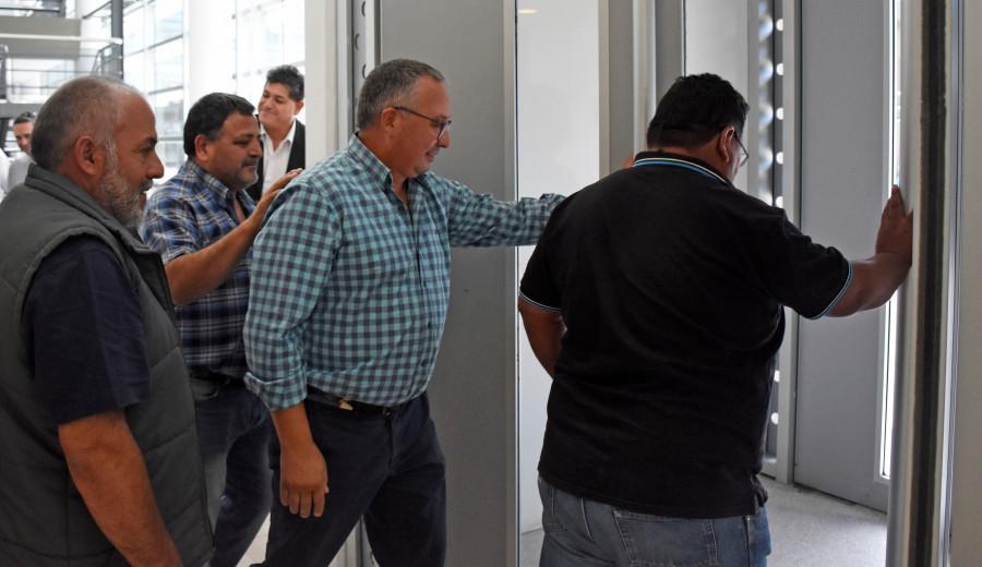 Baudino se retira de tribunales luego de que fuera encontrado culpable.