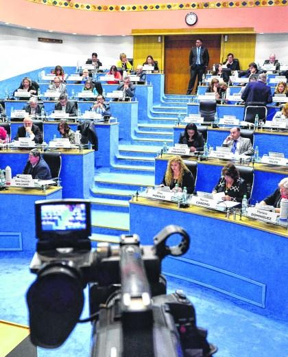 Los 46 legisladores tienen dietas netas que promedian los 150.000 pesos. El vicegobernador ronda los 165.000 pesos. (Archivo)