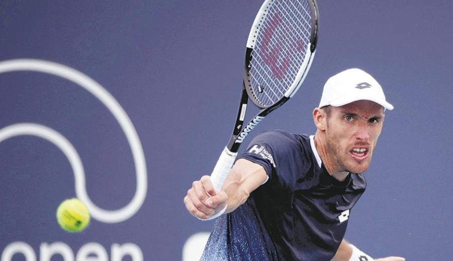 Mayer derrotó a Pella en dos sets en el duelo entre argentinos.