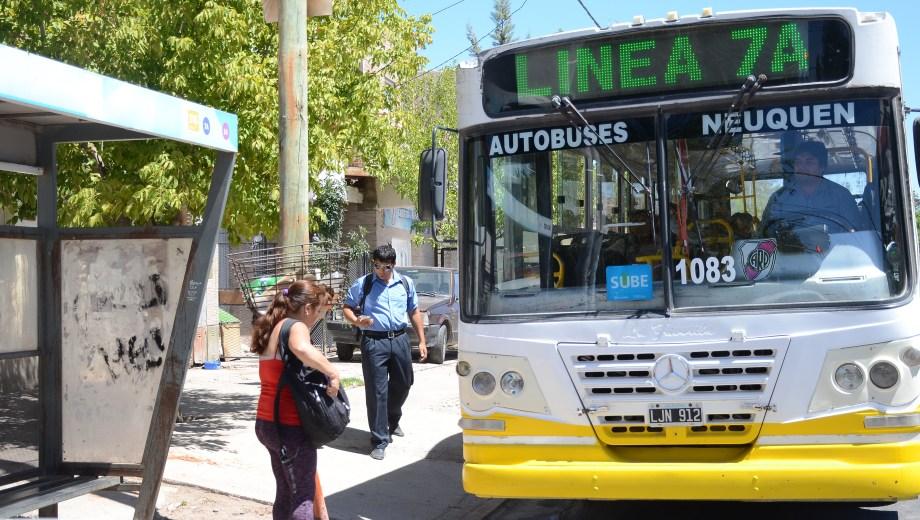 Desde hoy se comenzó a aplicar el aumento del boleto (Foto: Archivo Mauro Pérez)