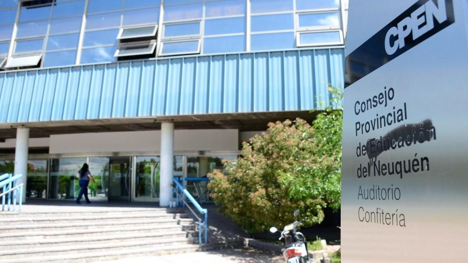 El Consejo de Educación respaldó la validez de los títulos de las secundarias técnicas. (Archivo Mauro Pérez).-
