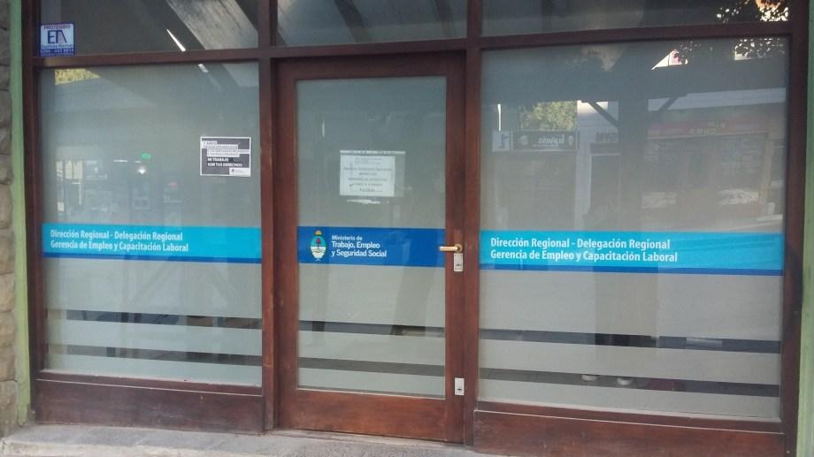 Las oficinas de la Secretaría de Trabajo y Empleo de la Nación permanecen a oscuras.
