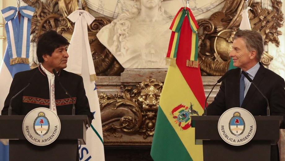 Evo Morales y Mauricio Macri ayer en conferencia de prensa en Casa Rosada. (Foto: Télam)