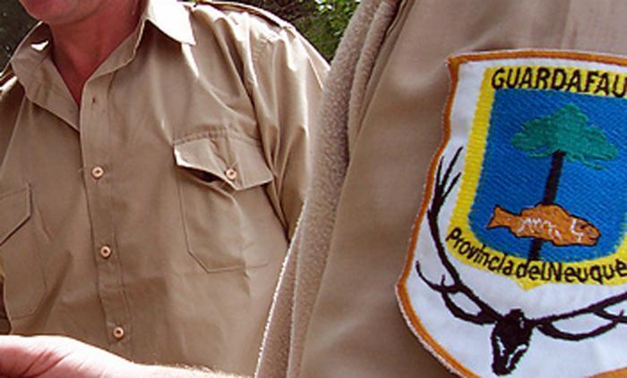 Los guardafaunas reclaman incorporación de personal y entrega de los elementos necesarios para los controles. (Archivo).-