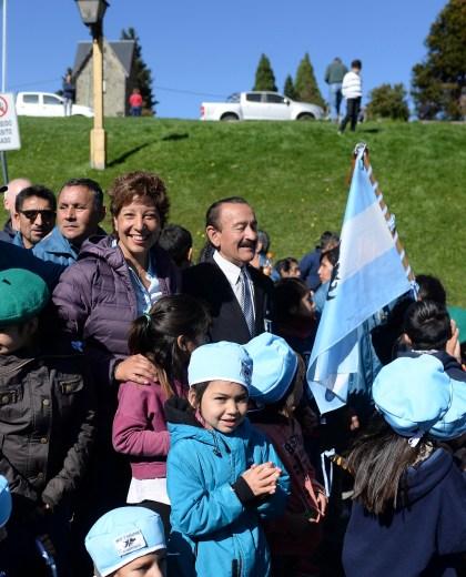 Ayer, Arabela Carreras participó del acto por Malvinas en Bariloche. (Foto: Alfredo Leiva)