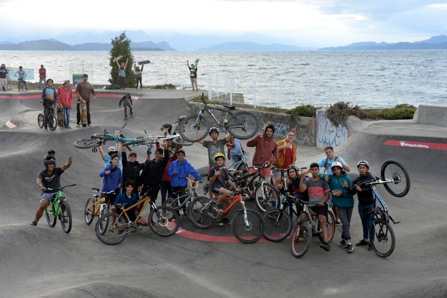 El pump track atrae a ciclistas y skaters. (Foto: Alfredo Leiva)