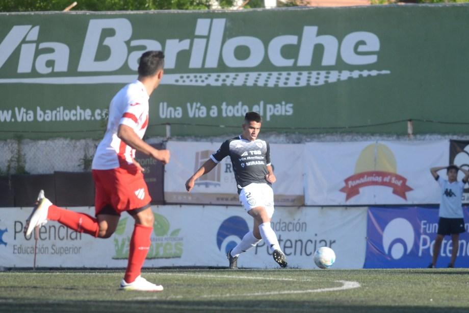 Hernández en su debut en el Albinegro, en octubre del año pasado. (Foto: Archivo)