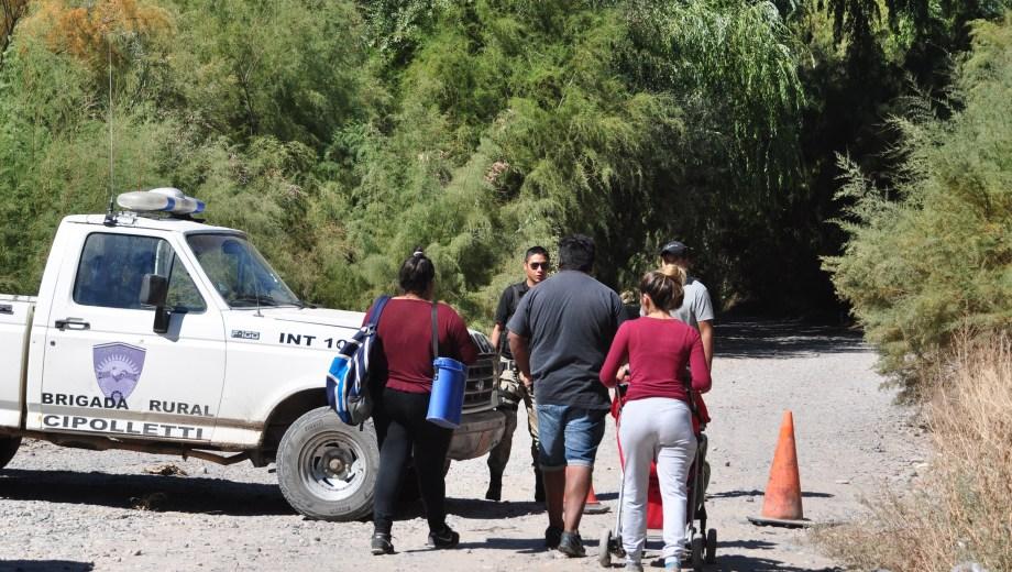 Seis personas serán acusadas por usurpación, tras la toma de un terreno municipal en la Isla Jordan. Foto: Archivo)