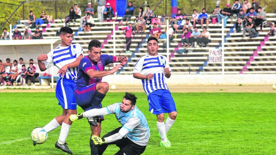 El Norte y Chichinales igualaron sin goles en Roca.