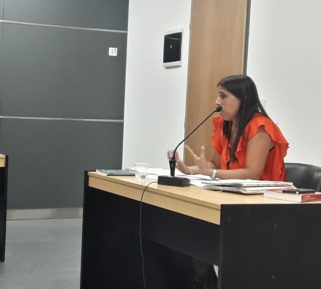 La fiscal adjunta Mariana Lascano formuló cargos a un hombre por lesiones leves agravadas y amenazas. Foto: gentileza