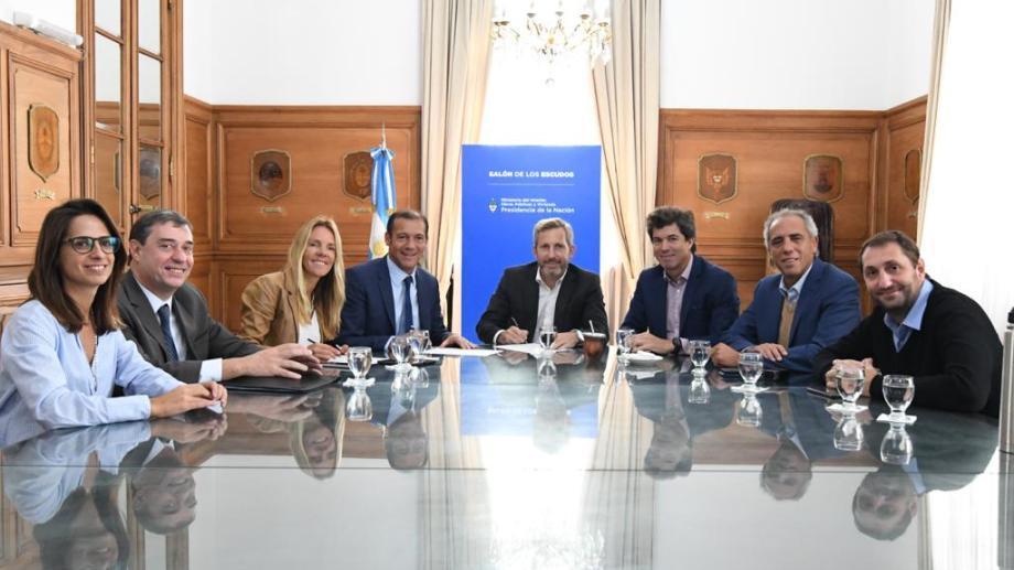 El gobernador Gutiérrez participará mañana de la mesa Vaca Muerta junto al presidente Mauricio Macri. (Foto: Gentileza).