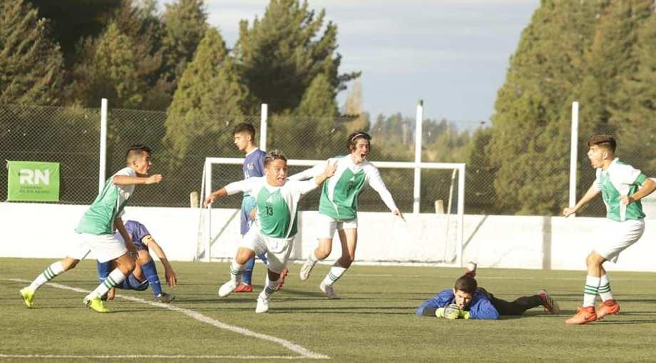 Los chicos neuquinos vencieron a los chubutenes en el debut. (Foto: Prensa Deportes Provincia de Neuquén)