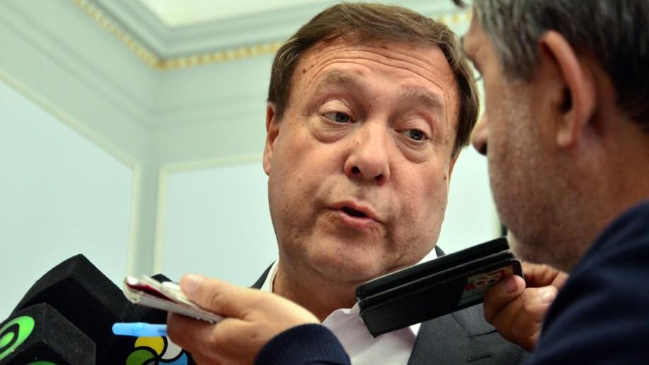 Weretilneck fue contundente y negó avanzar en una actualización salarial. Foto: Marcelo Ochoa.