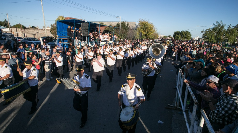 El desfile se realizó en la capital rionegrina. Foto: Pablo Leguizamón.