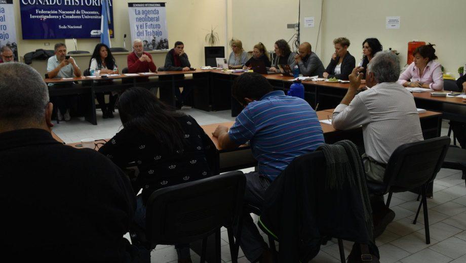 El plenario de docentes universitarios. Foto: Facebook @conadu.historica