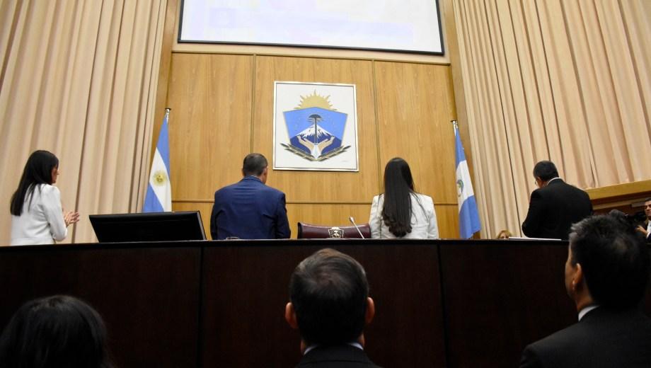 El gobierno espera que los diputados no le den la espalda al pedido de endeudamiento. Foto Florencia Salto