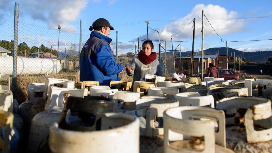 Nación aumentó los subsidios a las garrafas del Plan Hogar para mantener congelado el precio final. Foto: Marcelo Martinez