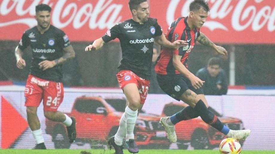 San Lorenzo no jugó bien y Argentinos fue el justo vencedor de la serie.