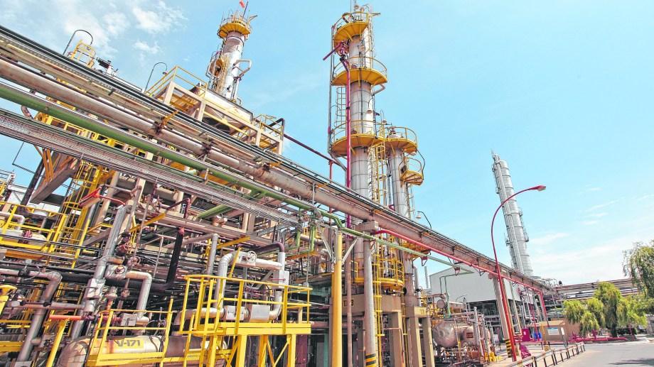 Nación dictó la conciliación obligatoria y dejó sin efecto el paro total en las refinerías.