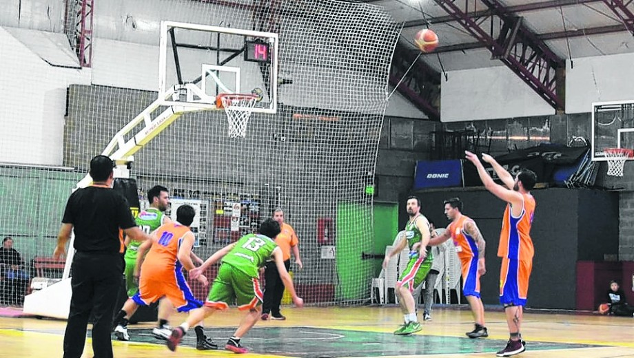 67 a 48 ganó Deportivo Nahuel a Los Pehuenes este fin de semana. Foto: gentileza