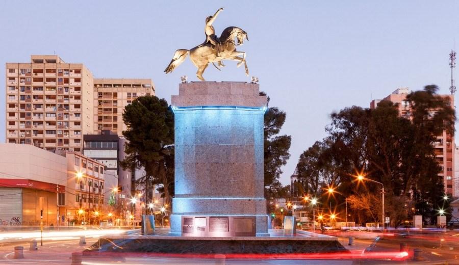 El monumento a San Martín será el centro de varias protestas. (Gentileza)