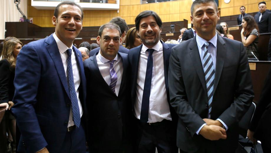 Los cuatro hermanos Gutiérrez. Omar y Pablo están en los extremos de la foto. (Archivo)