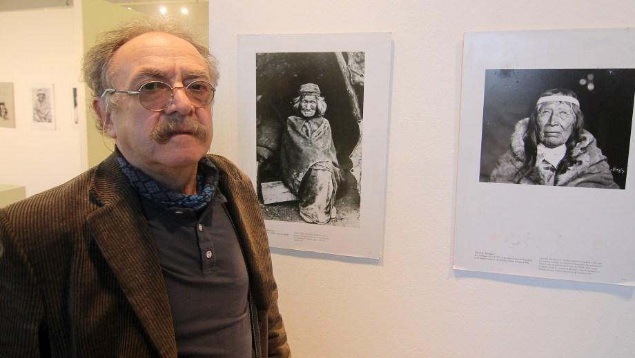 Osvaldo Mondelo investigó durante cuatro años para armar la exposición que se exhibe en Neuquén y que puede recorrerse de lunes a viernes de 8 a 20 y los sábados y domingos de 16 a 20.