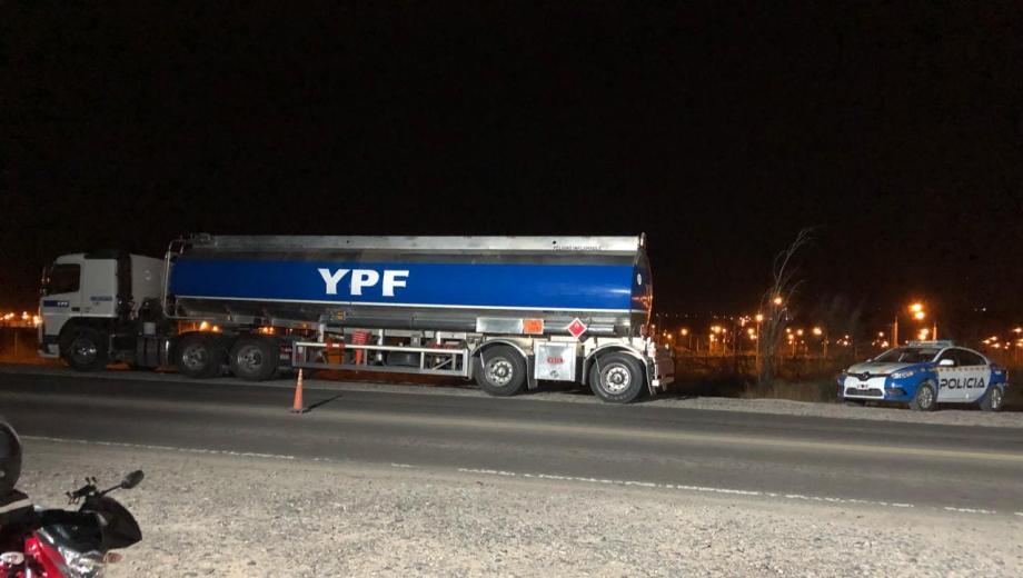 El camionero fue retenido por circular con manos libres en sus oídos. (Foto: Gentileza.-)