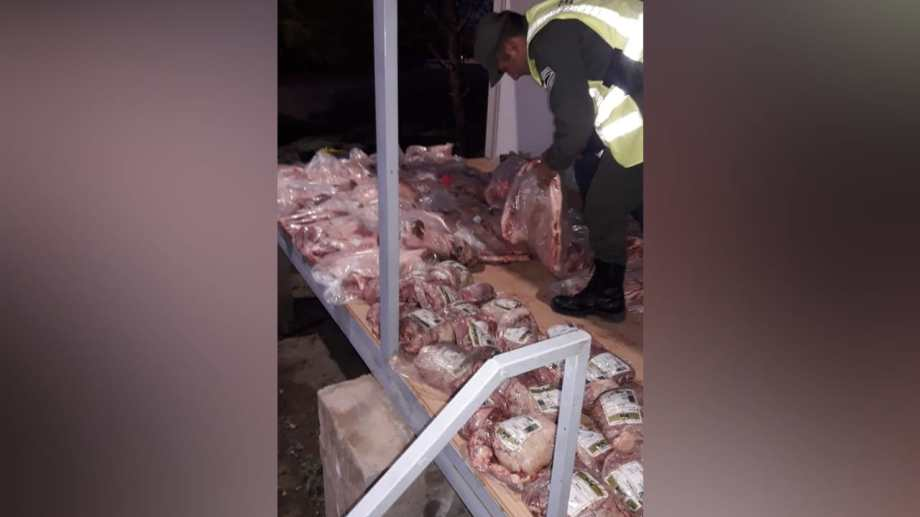 Los 400 kilos de carne fueron decomisados. (Foto: Gentileza.-)