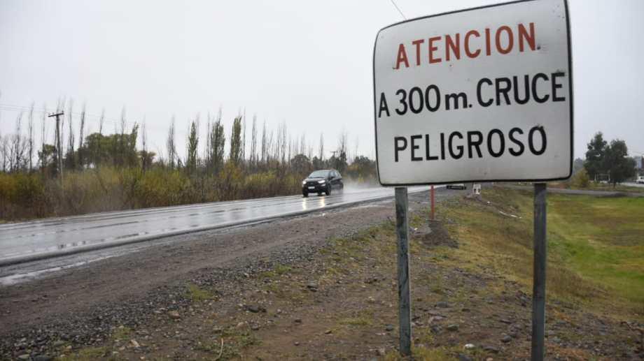 El niño de 13 años fue atropellado cuando cruzaba la Ruta 151. (Foto: Florencia Salto.-)