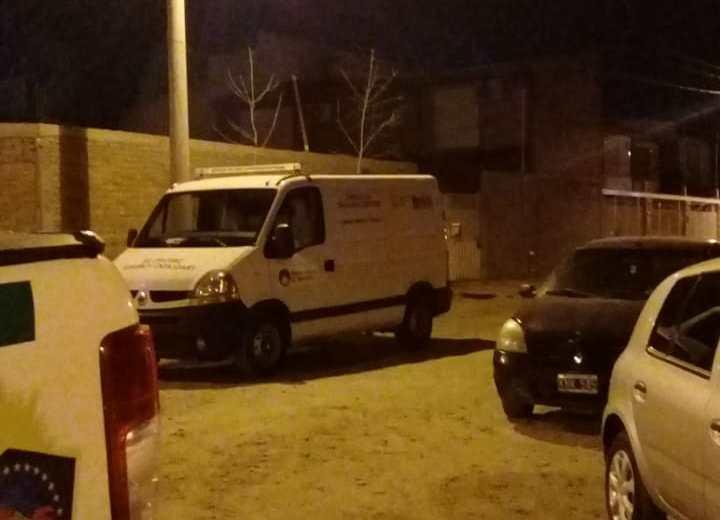 El hecho que se investiga ocurrió en la calle Picún Leufú 585. Foto: (Gentileza @ValeOroNqn)