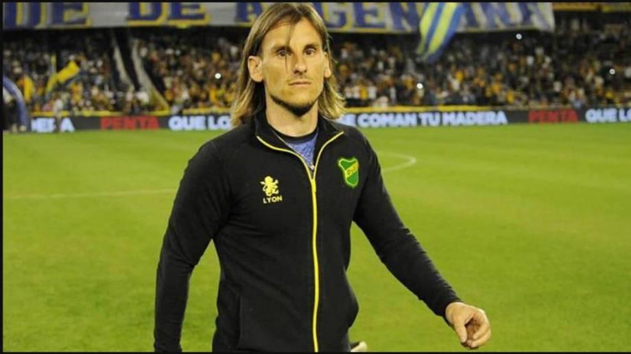 Beccacece dejó al Halcón tras ser segundo en la Superliga.