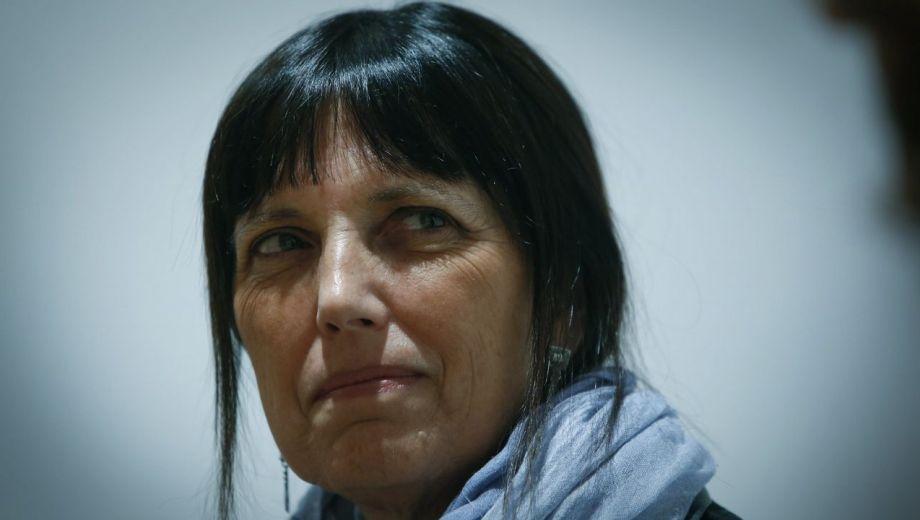 """Claudia Piñeiro fue una de las primeras en reflejar su tristeza por el fallecimiento del autor de """"Inglaterra. Una fábula""""."""