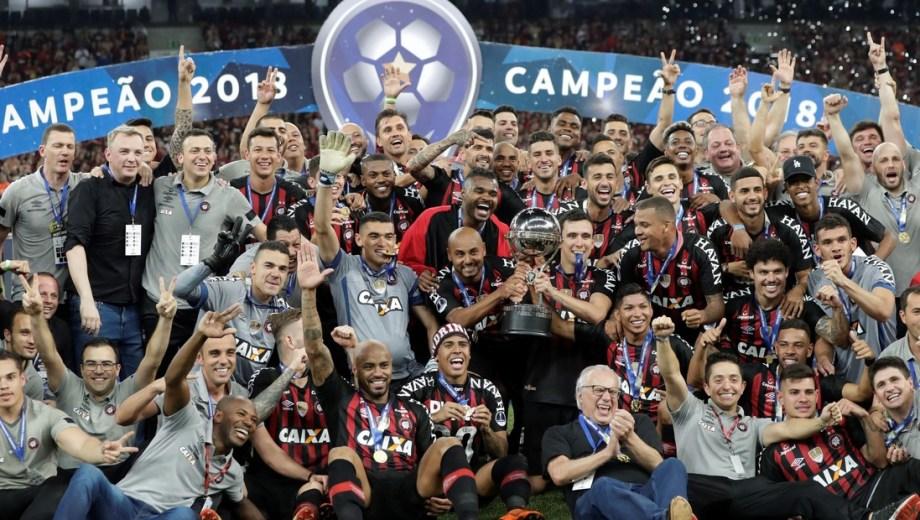 Paranaense fue campeón de la Sudamericana 2018 al ganarle por penales a Junior.